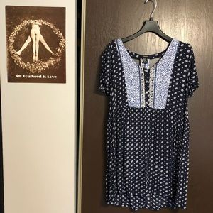 Boho blue and white patterned dress!